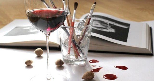 Рисуване с вино