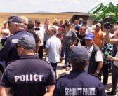 Държавата хвърли полиция срещу животновъдите в Ямболско