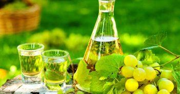 Ямболска гроздова ракия